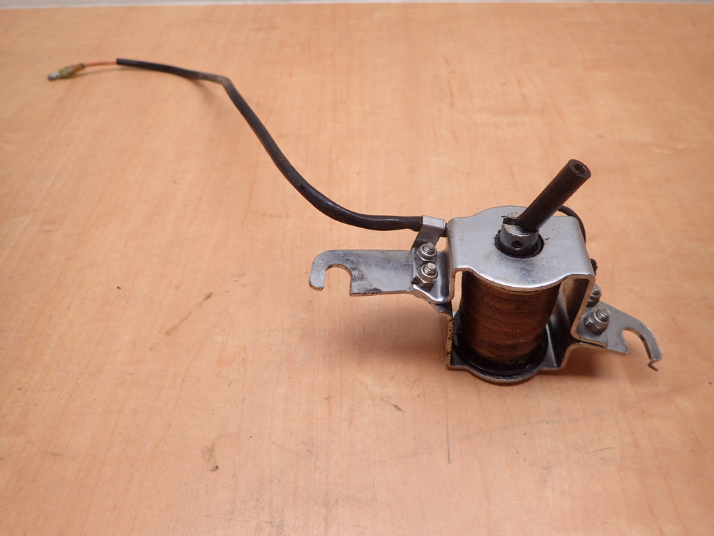 1981 Suzuki Spirit Outboard DT 50 HP Choke Solenoid Assembly 38600-95251
