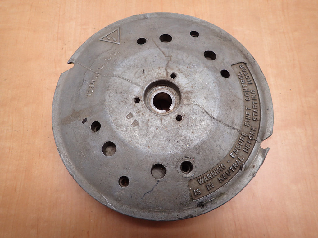 Evinrude Johnson Outboard 9.9 15 HP Flywheel Assembly 582431