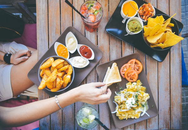 How to Make Healthy Choices Even When Eating Out