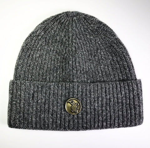 the MEDALLION SKULL CAP CASHMERE GREY