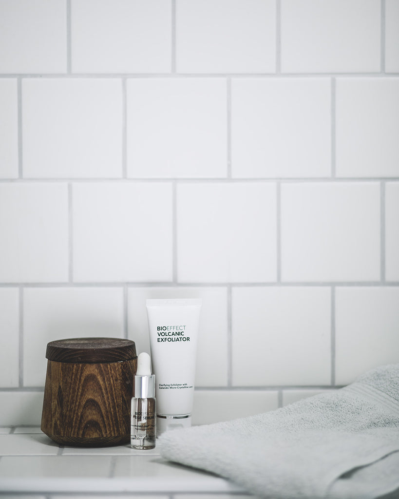 BIOEFFECT Volcanic Exfoliator & EGF Serum in the Bathroom