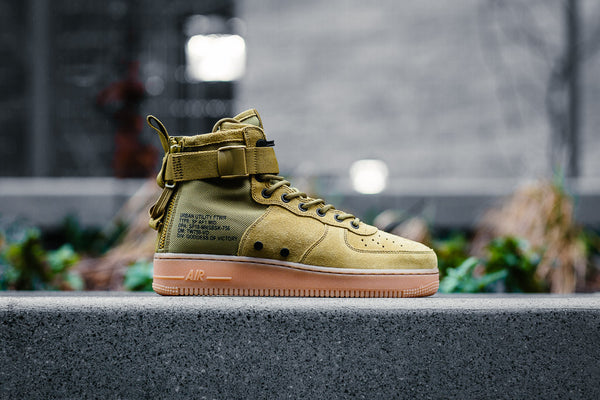 Nike SF Air Force 1 Mid 917753-301
