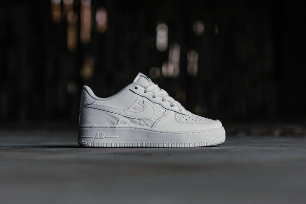 Nike Air Force 1 LV8 GS 820438-106