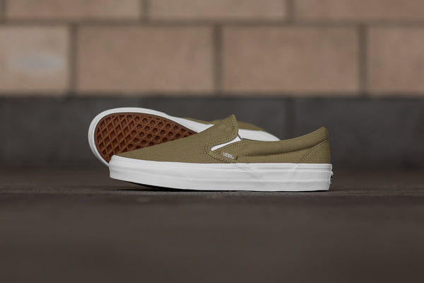 Vans Mono Canvas Classic Slip-On VA38F7QD9