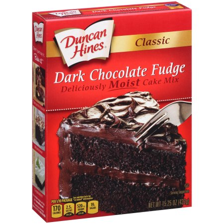 Duncan Hines Classic Dark Chocolate Fudge Cake Mix, 15.25 oz