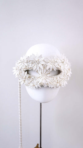Handle Mask/White