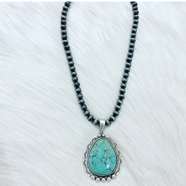 Rio Dorado Pendant Necklace