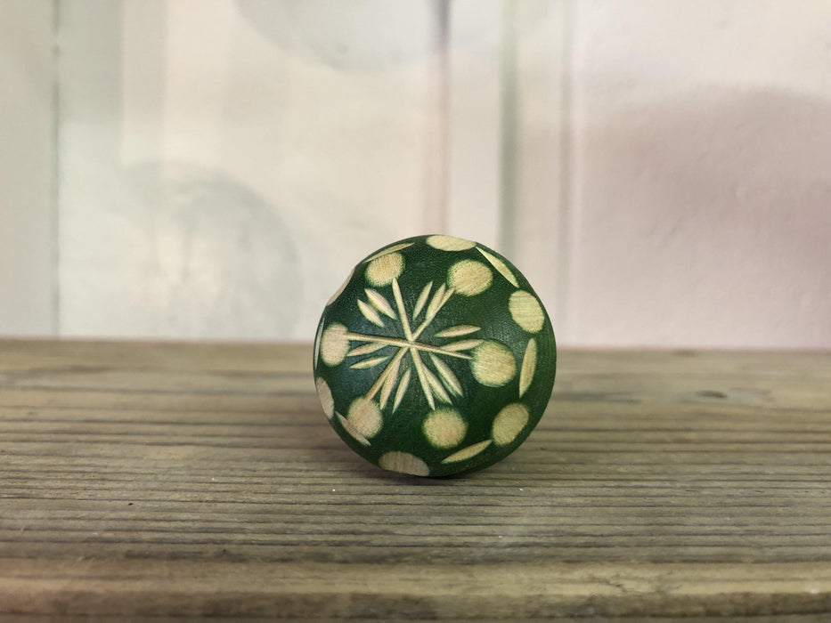 Green patterned by Gisela Graham, Knobs, Shabby Nook Shabby Nook