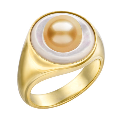 8mm Golden South Sea Pearl Signet Ring with Mother of Pearl Disc in 18K Yellow Gold. Ring Pearls by Shari