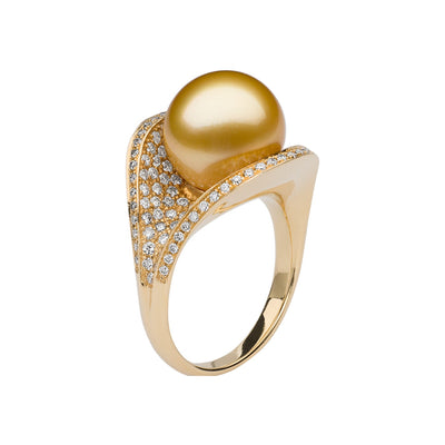 Oyster Ring Ring Pearls by Shari