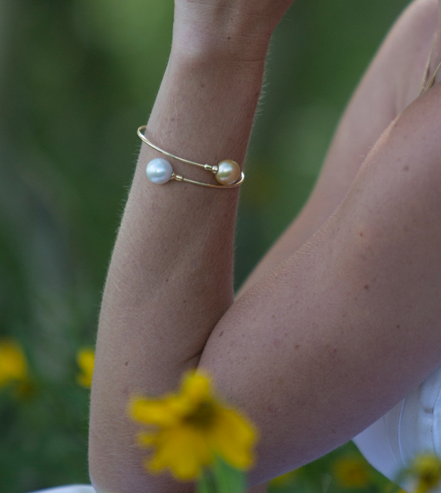 White & Golden Pearl Bangle Bracelet