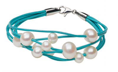 Teton Mountaineering Turquoise Scatter Bracelet Bracelet Pearls by Shari