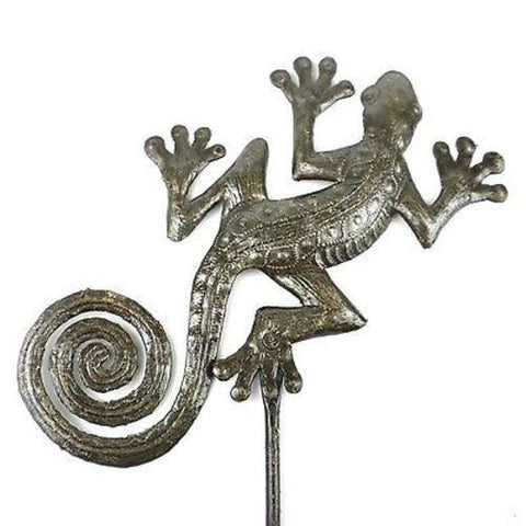25-inch Metal Garden Stake With Gecko Handmade and Fair Trade