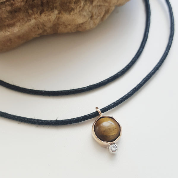 cosmic choker - tigers eye