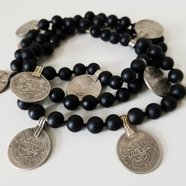 Beaded coin necklace - black onyx