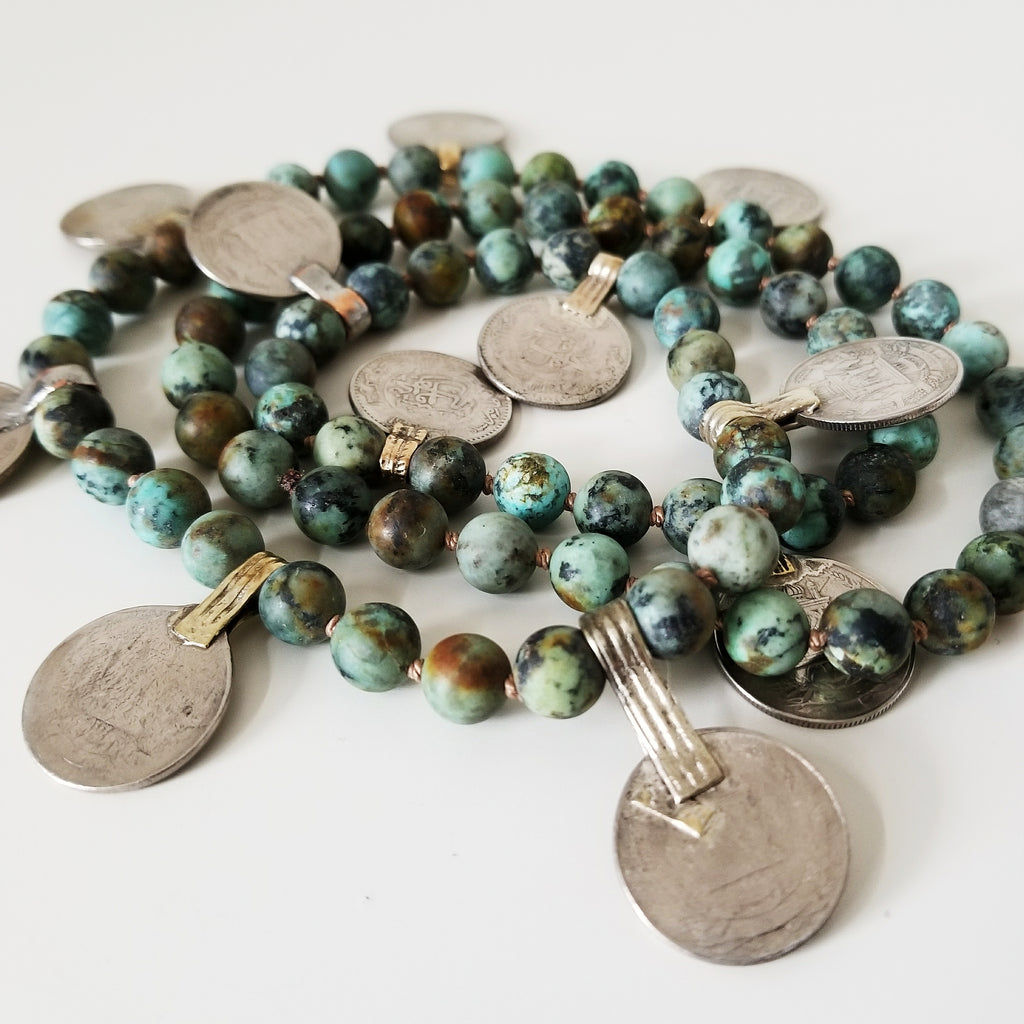 Beaded coin necklace - turquoise