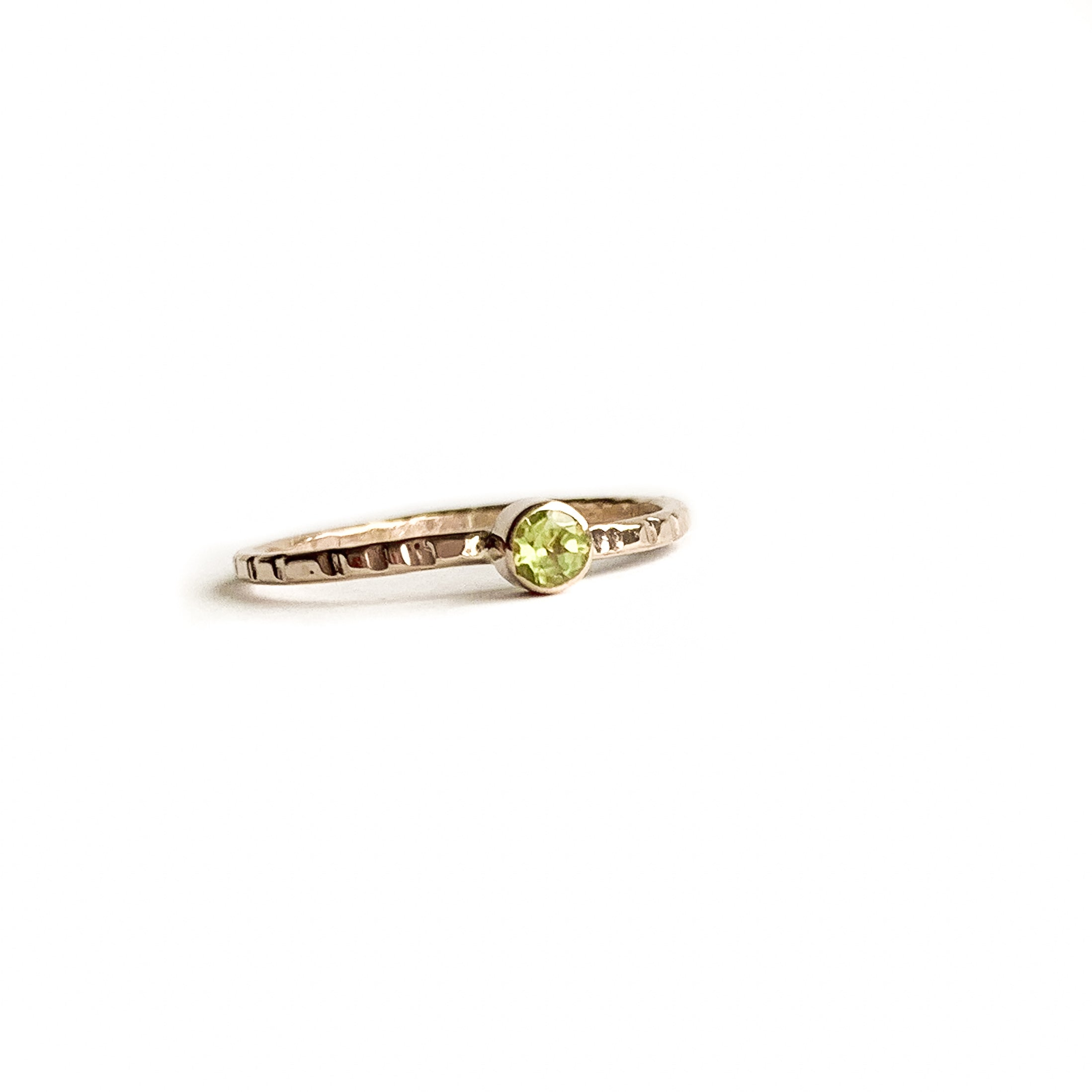 PERIDOT ring - Gold