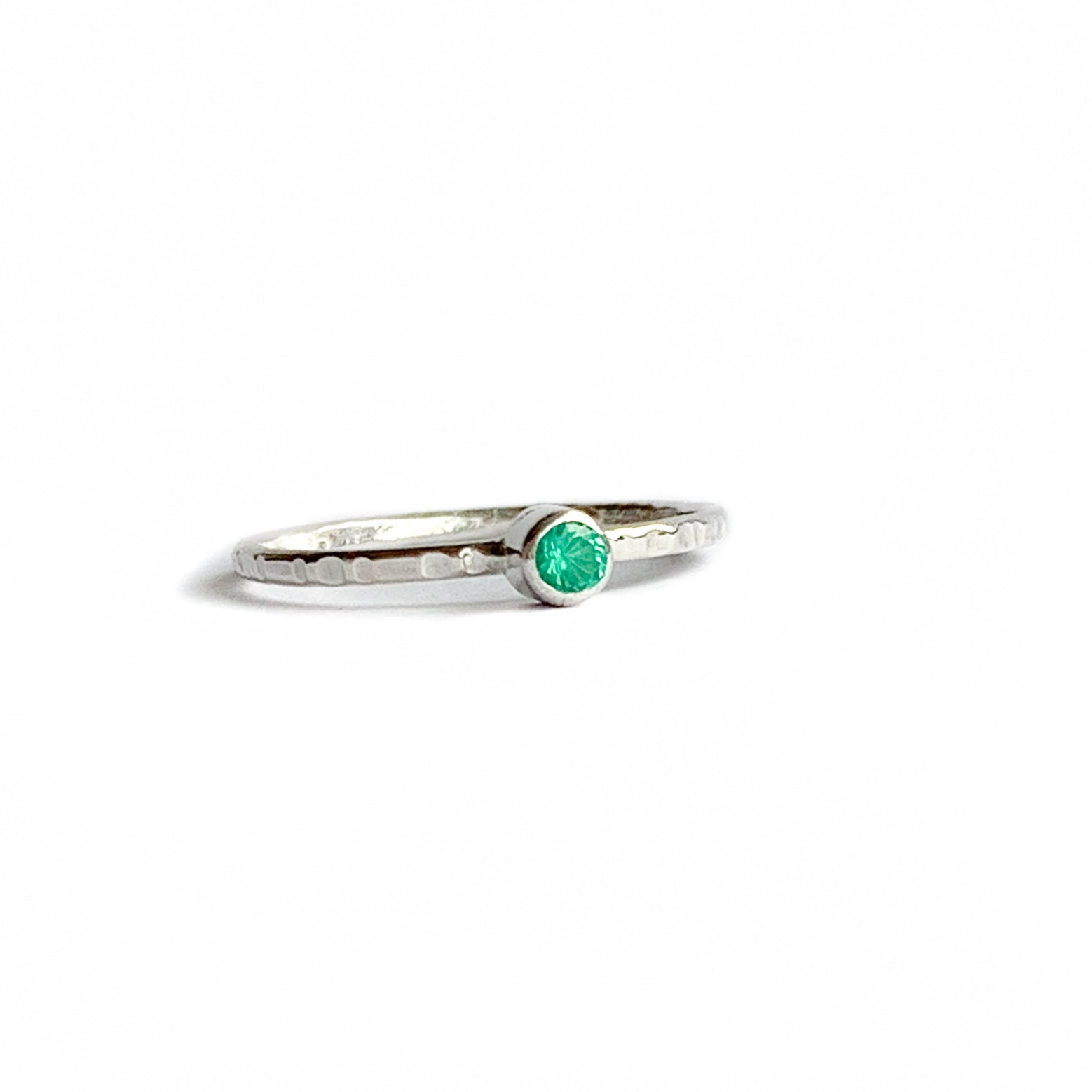 EMERALD ring - Silver