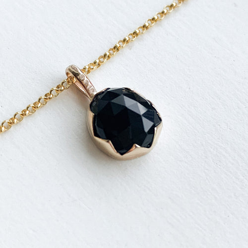 Black Onyx serrated necklace  - gold