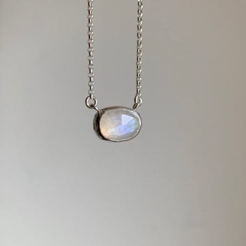 Teardrop necklace - silver