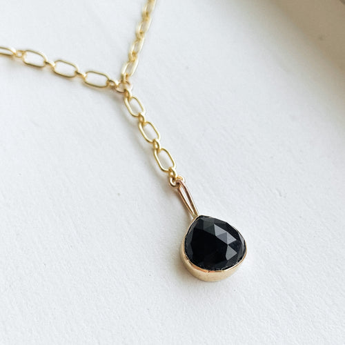 Black Onyx lariat  - gold