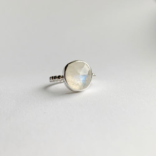 large moonstone ring - sterling silver - size 6.5