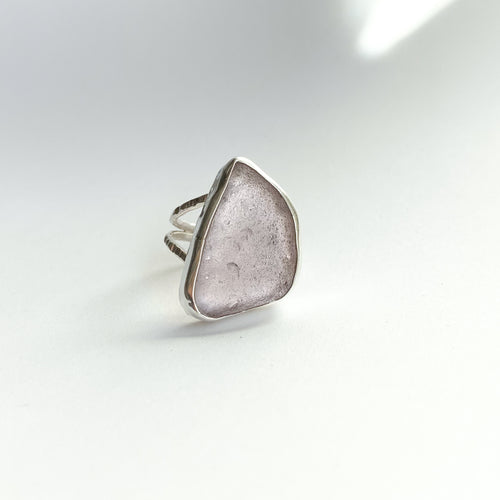 Beachglass ring - silver - purple