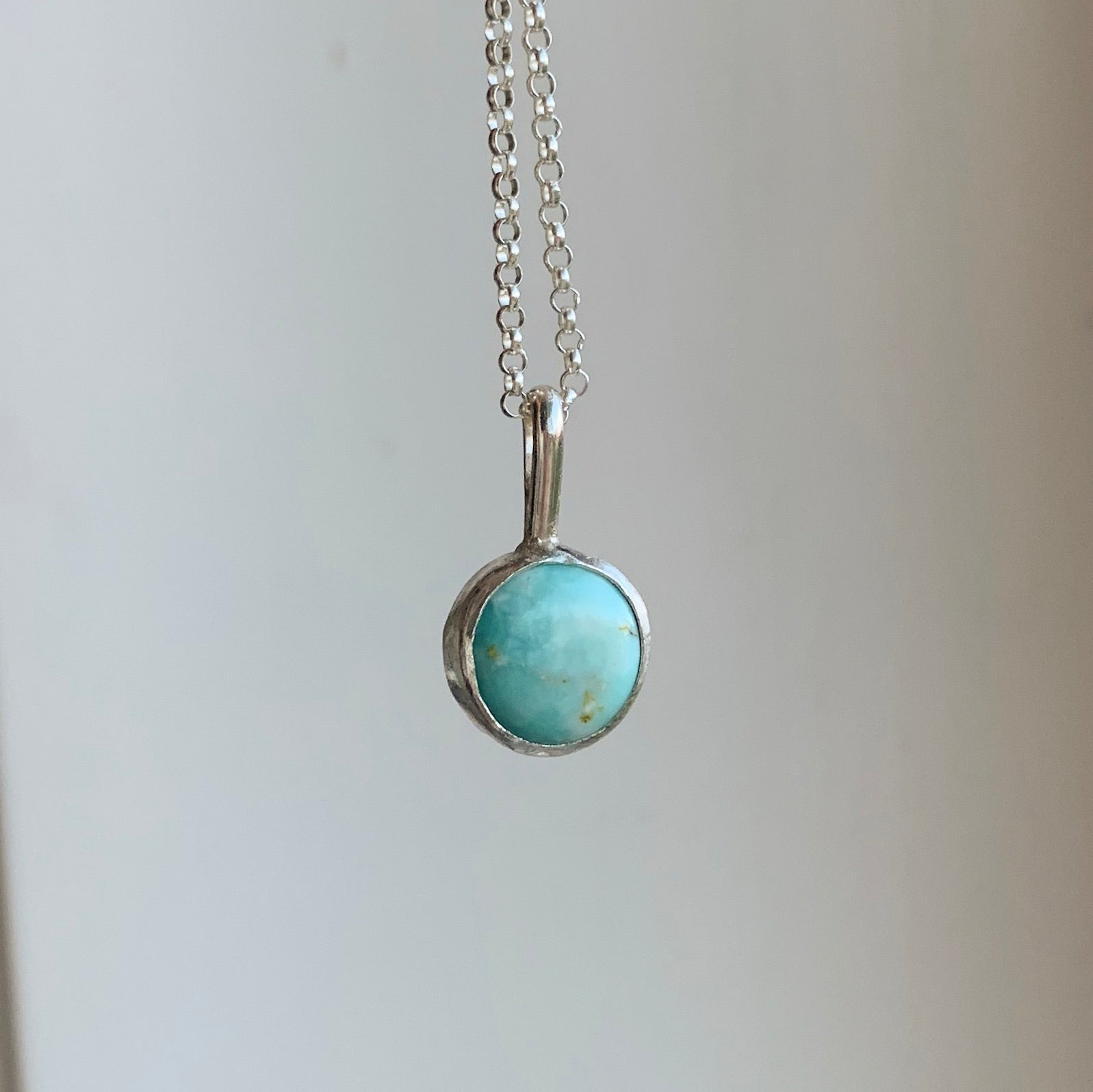 Round necklace - silver