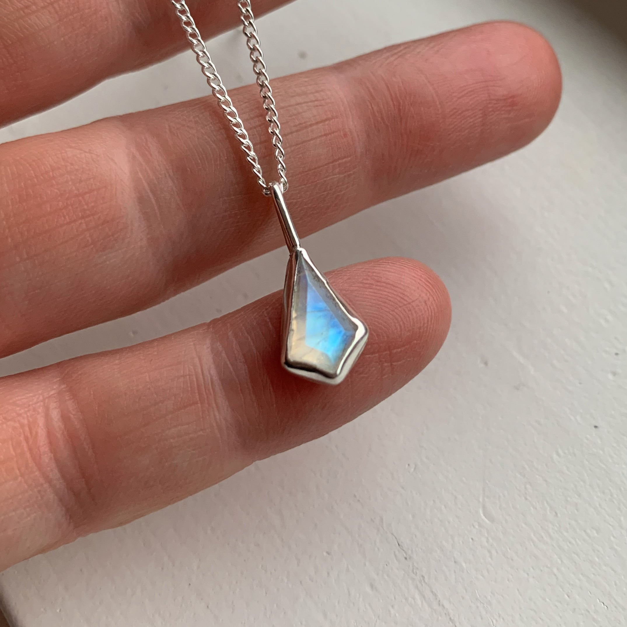 Kite necklace - silver