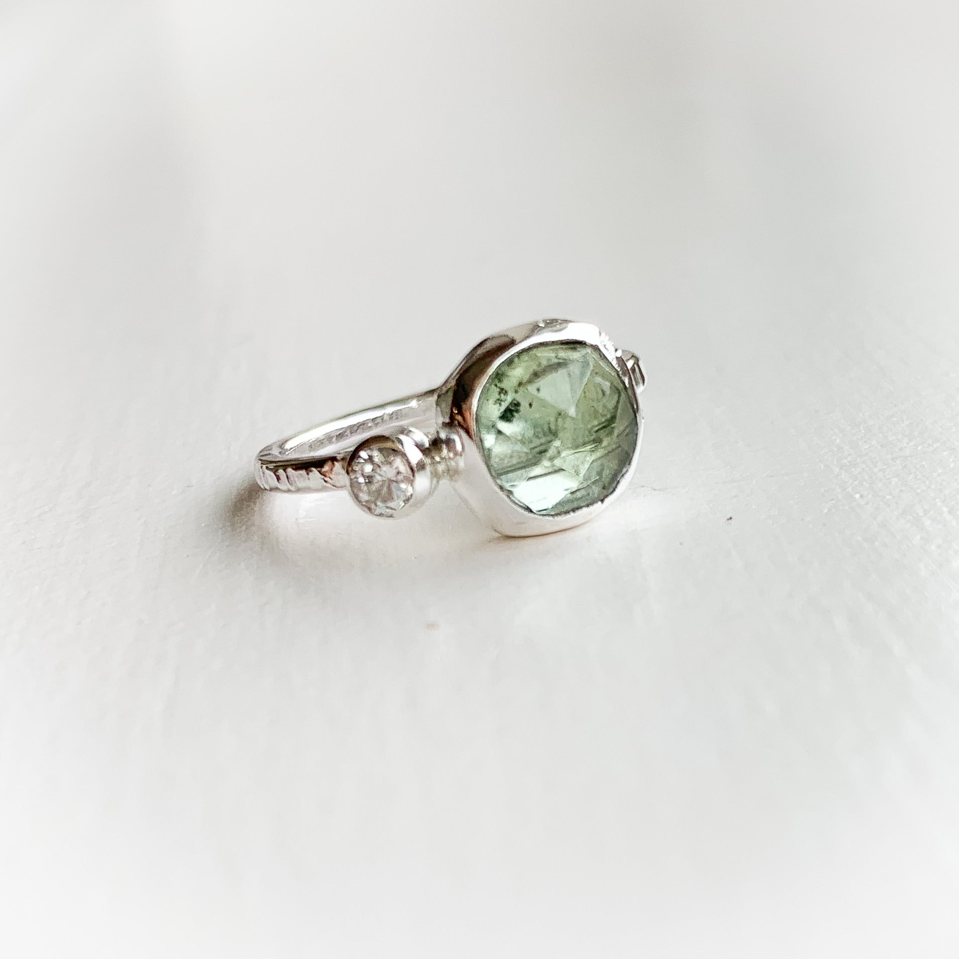 Tourmaline ring  - sterling silver - size 5