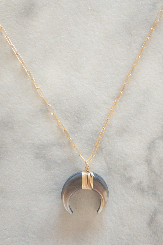 Kira Hawaii  - Crescent Necklace | Black Mother of Pearl 18""