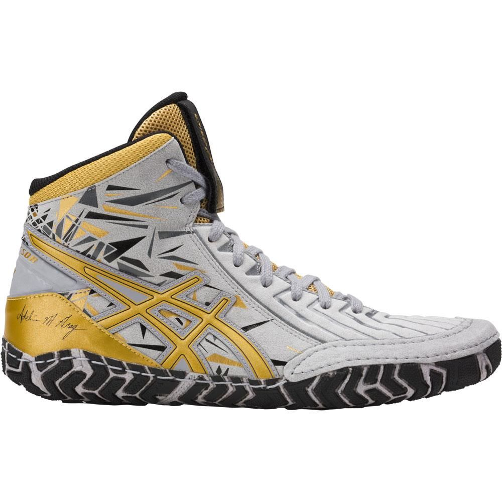 Black And Gold Wrestling Shoes