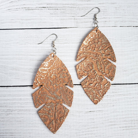 Golden Riverbed Feather Leather Earrings