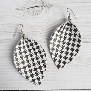Houndstooth Leaf Earrings