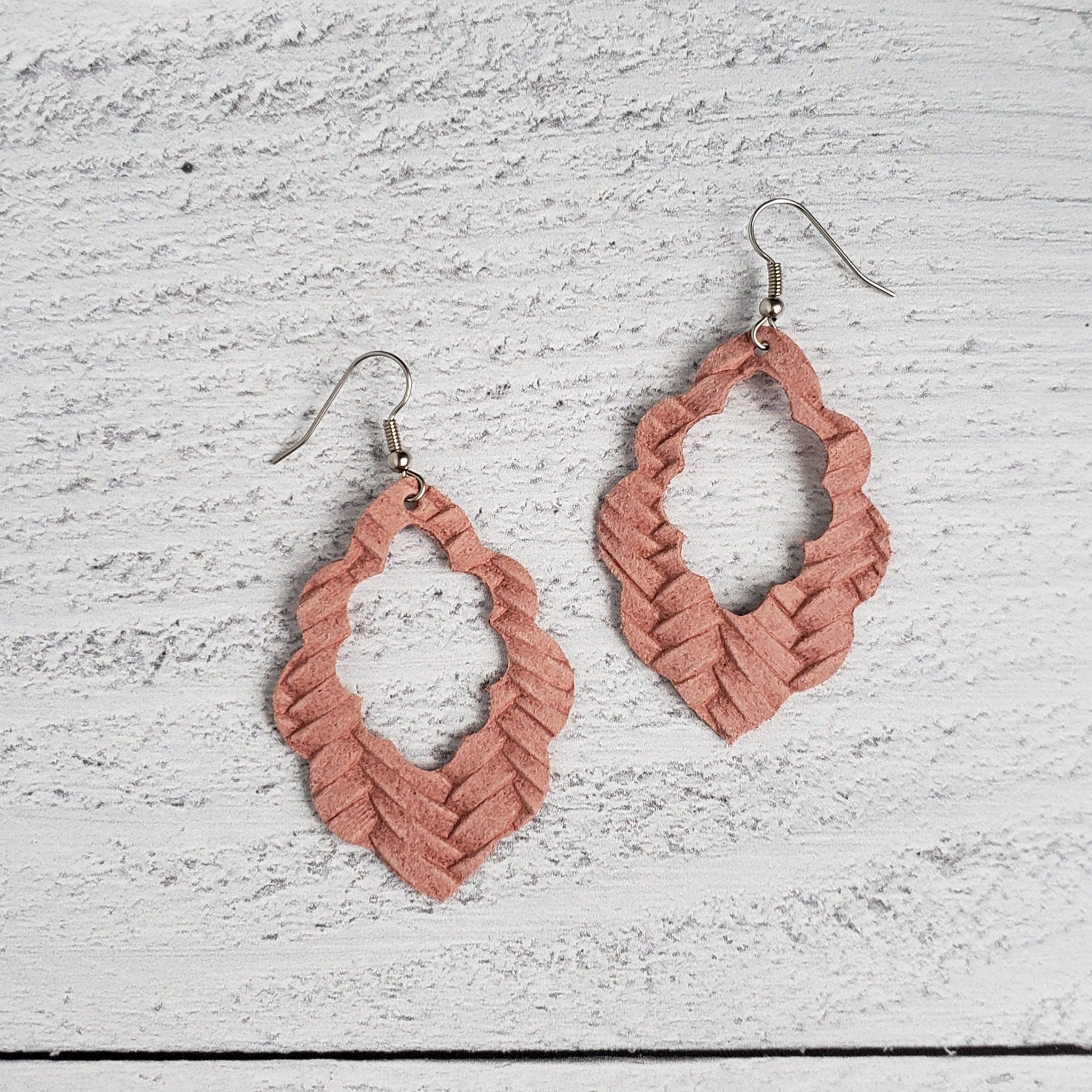 Dusty Pink Woven Leather Scalloped Earrings