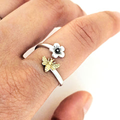 Flower Bee Ring