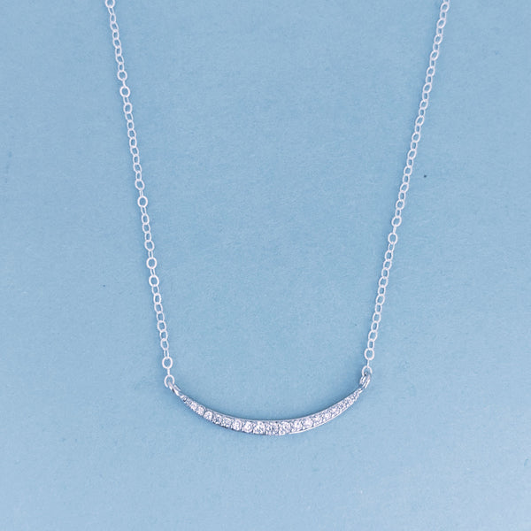 Windsor Curve Necklace