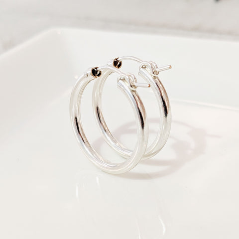 Silver Featherweight Hoops