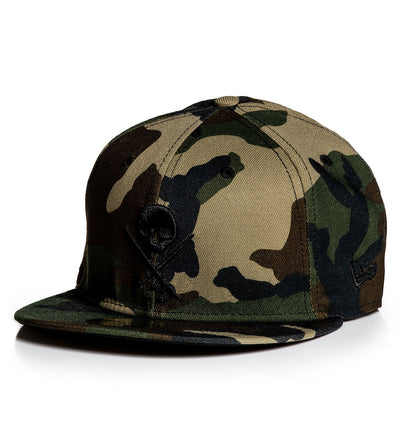 Fitted Badge Stretched Camo