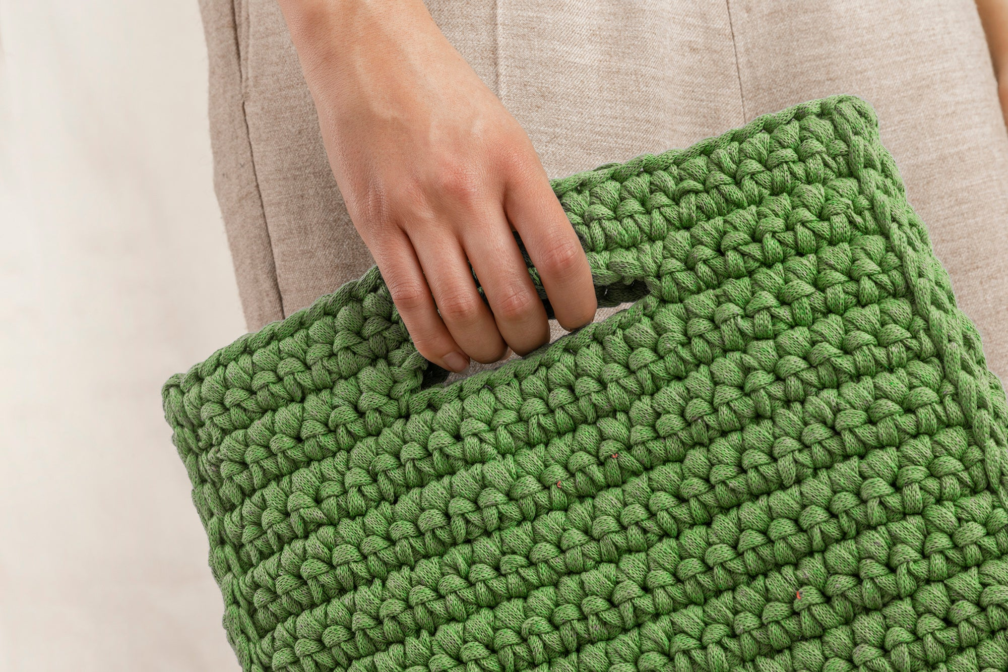 Maria Clutch | Lime Green