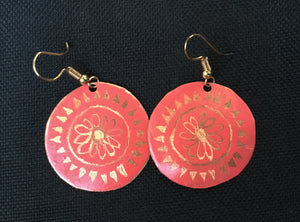 Coral etched flower pattern into round 1/14 earrings