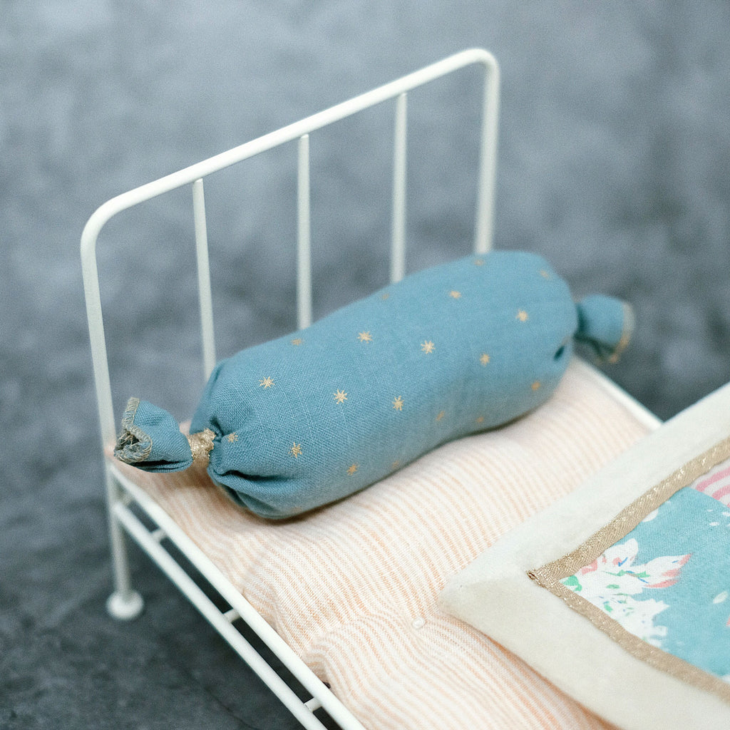 [FBR01 ] Ivory Shabby Chic Metal Single Bed for Mui-Chan