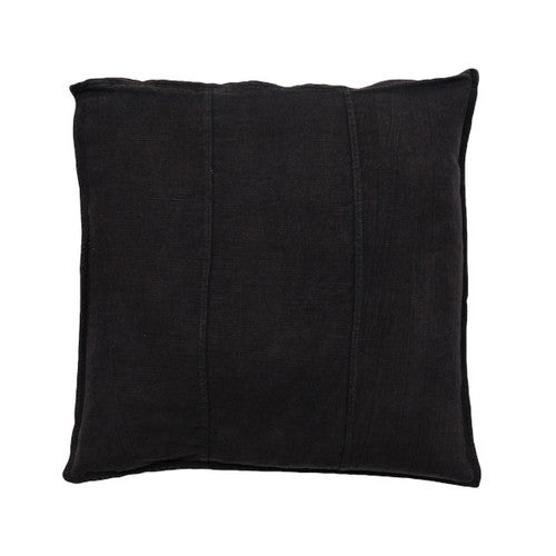 LUCA Cushion Noir