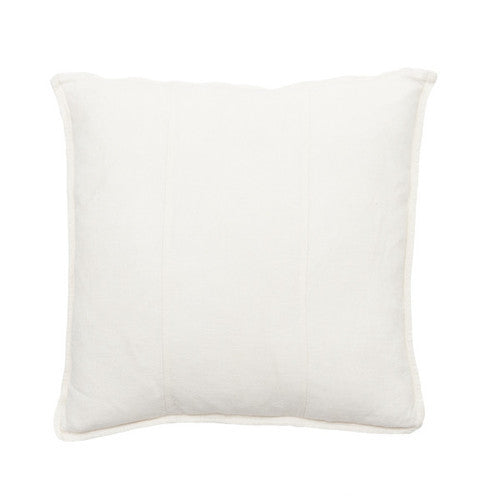 LUCA Cushion Snow