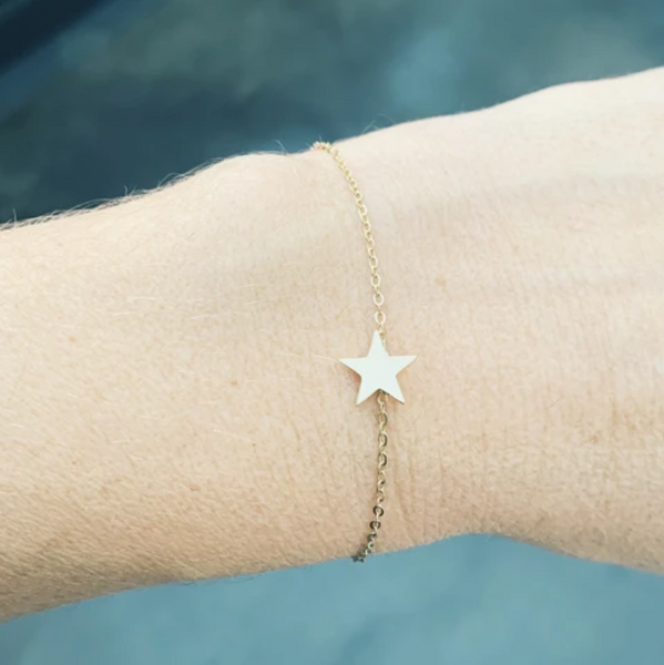 Zag Bijoux Bracelet Single Chain Gold Star