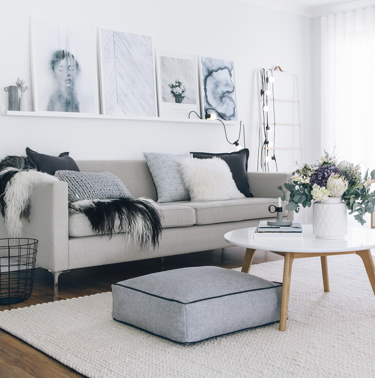 LUXE LOVER Icelandic SHEEPSKIN White with Black spots