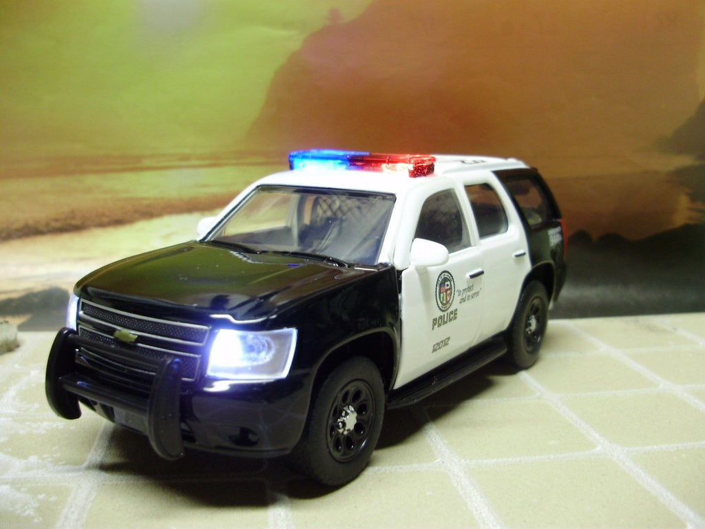 1:32 LAPD Los Angeles Chevy Tahoe working lights police car diecast