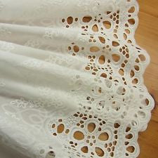 1 yd Vintage Style Embroidery Cotton Eyelet Lace Fabric Off White 70cm Wid