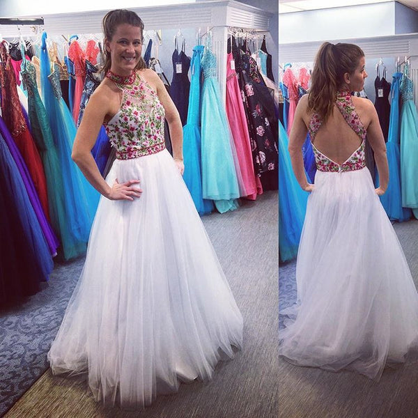 White Open Back Prom Dress,Sleeveless Formal Gown With Embroidery
