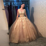 Princess Ball Gown Prom Dress V Neck Wedding Party Dress With Lace Appliques Champagne